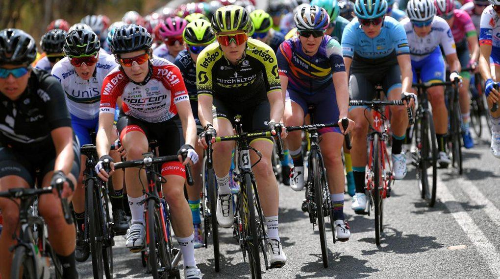 Elvin quarto nel disordinato sprint finale sul primo palco del Tour Down Under